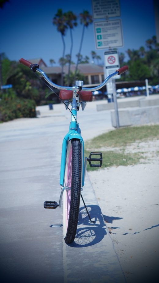 Ladies Garnet Beach Cruiser Celeste w Pink Rims